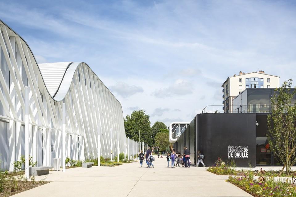 The Trivaux-Gaienne School in France2.jpg