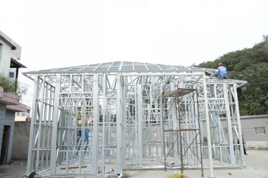 prefabricated steel buildings are stable in structure and not easy to crack