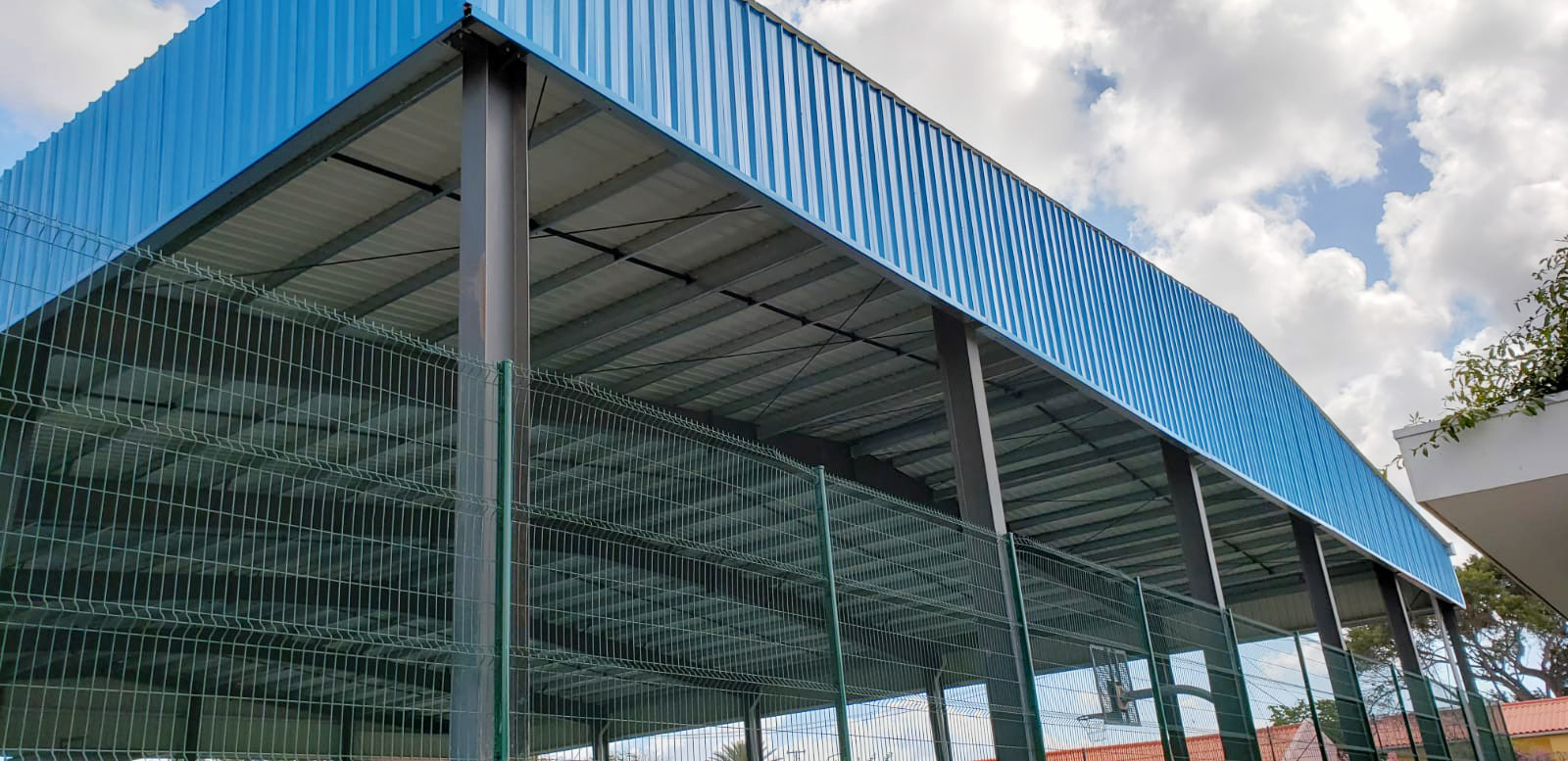 steel sporting facilities roof
